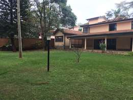 Eight Bedroom house to let in Gigiri