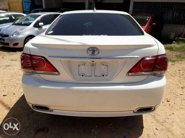 Brand new Crown Athlete with body kit Mombasa Island - image 5