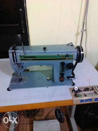 A very neat 20u Amro brother designing and sewing industrial machine. Abuja - image 1
