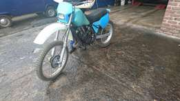 Yamaha 175 IT