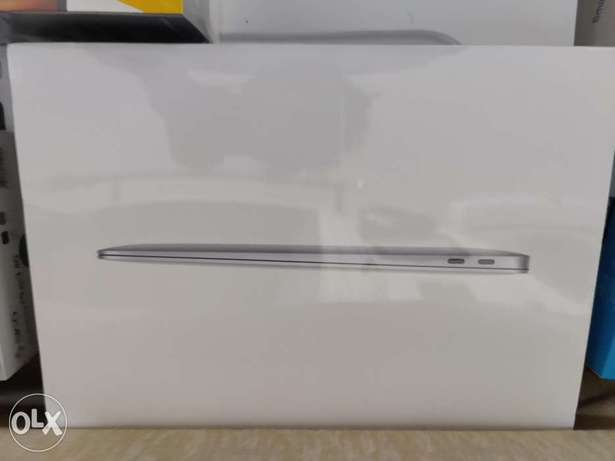 Macbook air 2020, 512 gb i5 جيل عاشرspace gray new sealed