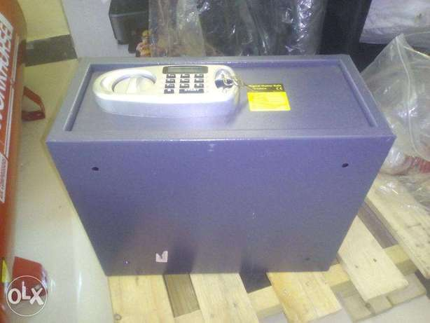 Digital Home Safe, ex UK Nairobi CBD - image 3