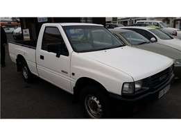 Isuzu KB200 in a very good running condition for sale