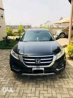 A clean Honda cross tour for sale in durumi