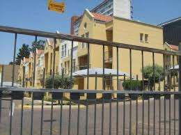 Ferndale 2 bed to let R7500.00