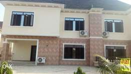A well built 3 bedroom duplex