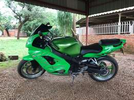 Kawasaki ZX9R for sale