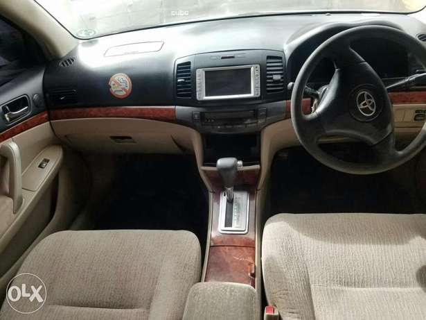 Toyota premio in great condition,buy and drive Embakasi - image 5