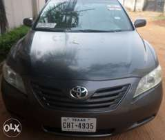 Great buy & rejoice toyota camry le 06. For sale in asaba