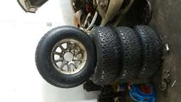 Selling tyres and rims