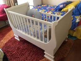 French Sleigh baby cot/crib
