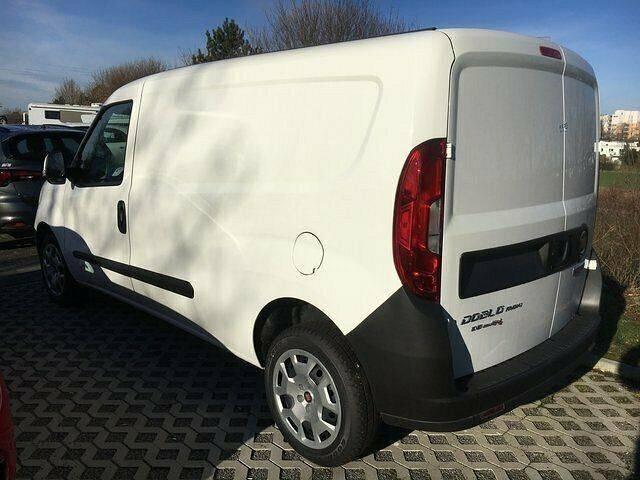 Fiat Doblo Cargo - 2018 - image 2