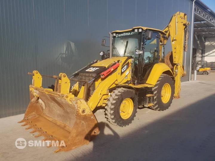 Caterpillar 432F II • SMITMA - 2015