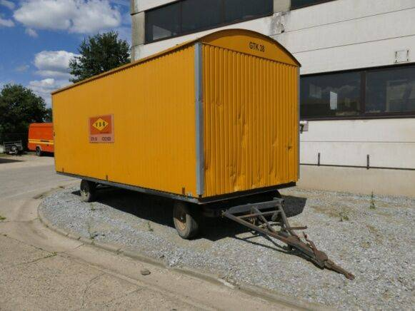 warsco 6x 2.4 closed box  for sale by auction