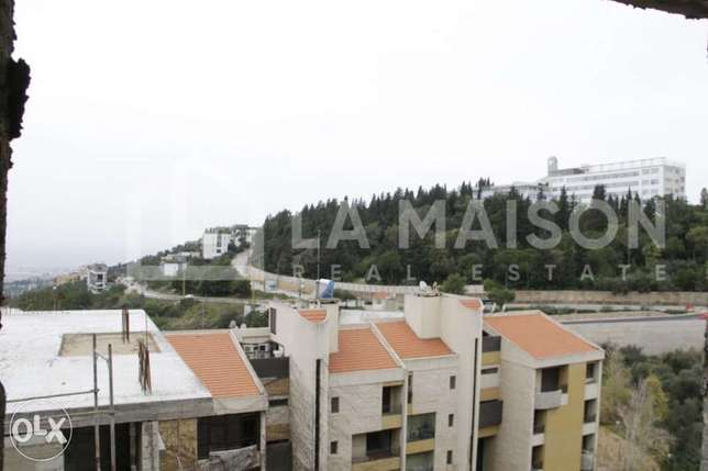 193m2+83m2 garden/244,000$, for sale in Jamhour, no commission fees