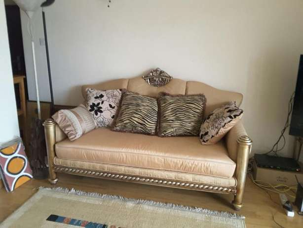 New Original original 5 seater Sofa set bought in Dubai Lavington - image 4