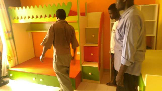 Bedroom Set, comes with decker, staircase and separate chest. Kampala - image 3