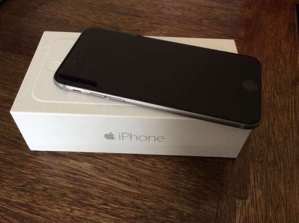 iPhone 6 16 gig black with box and all accessories Boksburg - image 1