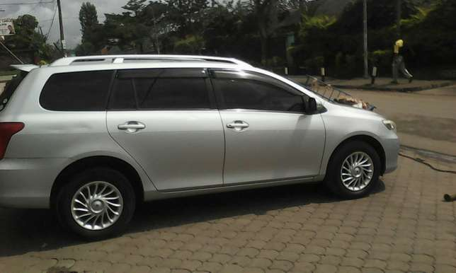 Clean toyota fielder South C - image 8