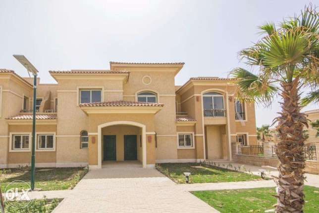 For Rent Villa Semi with Appliances At Stone Park