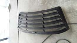 Ford louver