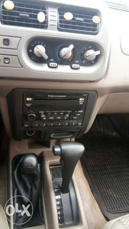 Well Maintained 2004 Nissan Frontier Double Cabin Ibadan Central - image 6