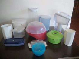 Plastics and Tubberware_(from R10 - R50 each)