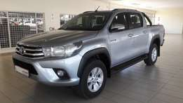 2017 Toyota Hilux 2.8 GD-6 Raider 4X4 Double cab with only 17 000km