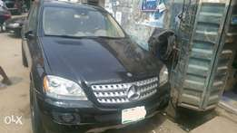 Clean Used Mercedes-Benz ML500 07