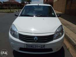 2010 renault sandero 1.6 for sale at R60000