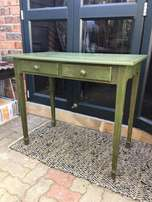 Shabby chick 2 drawer chalk painted table