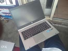 HP Elitebook 8460p Intel Corei7 500gb/4gb 1gb Graphics