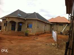 4 bedroom shell bungalow for sale at Kiteezi