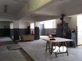 350 Sqm industrial space | 1st floor TO LET with goods lift