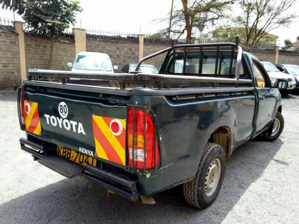 Affordable toyota Hilux 2008 Hurlingham - image 1