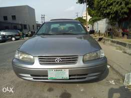 Toyota Camry 2000 model for fast sell