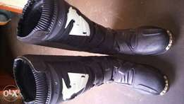 Thor boots for motor bike for sell