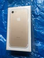 Brand New Gold iphone7 for sale