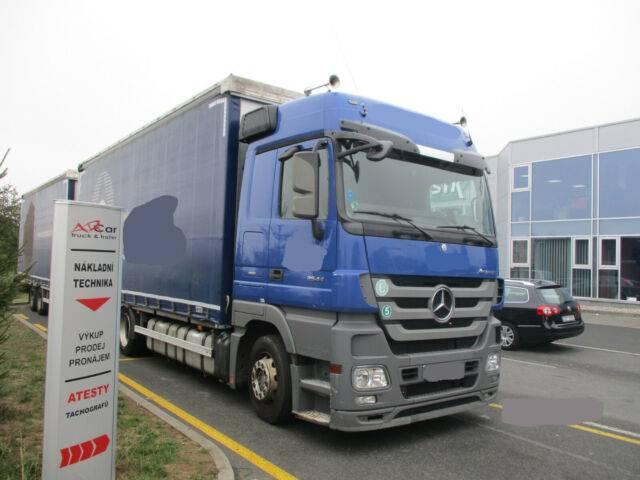 Mercedes-Benz Actros 2544 6x2 Euro5 + Hipocar 2011 ServisBuch - 2011