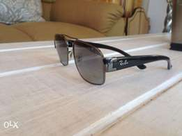 Authentic Ray Ban RB3379