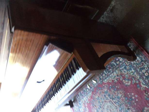 450Witton & Witton piano Worcester - image 2