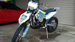 Husqvarna TE 250 2 stroke 2014 model for sale or swap for 750 onroad