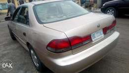 2002 Sparkling firstbody Honda Accord with factory chilling AC