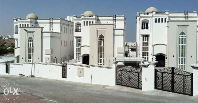 Villas for rent in MQ (Al Qurm 29)للإيجار
