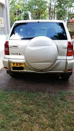 Clean Toyota RAV4 for Sale !!! Very well maintained. 4*4 Karen - image 3