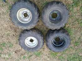Quad tyers and rims for sal 99% new!
