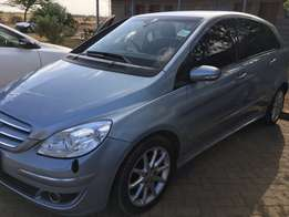 Mercedes Benz B170 Sport at 990k - Well Maintained - Serviced on Time