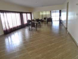 Modern spacious 3 bedroom rental apartment near cinemax arcade Nyali.
