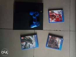 PS4 UK used with one PAD, 3CD's and HDMI