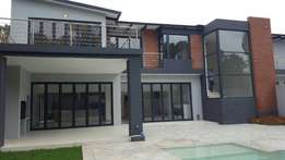 ALPHEN PARK , Benoni - Graceful Modern Living in this Waterfront Home